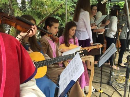 Na warsztatach muzyki dawnej w Trutnowie