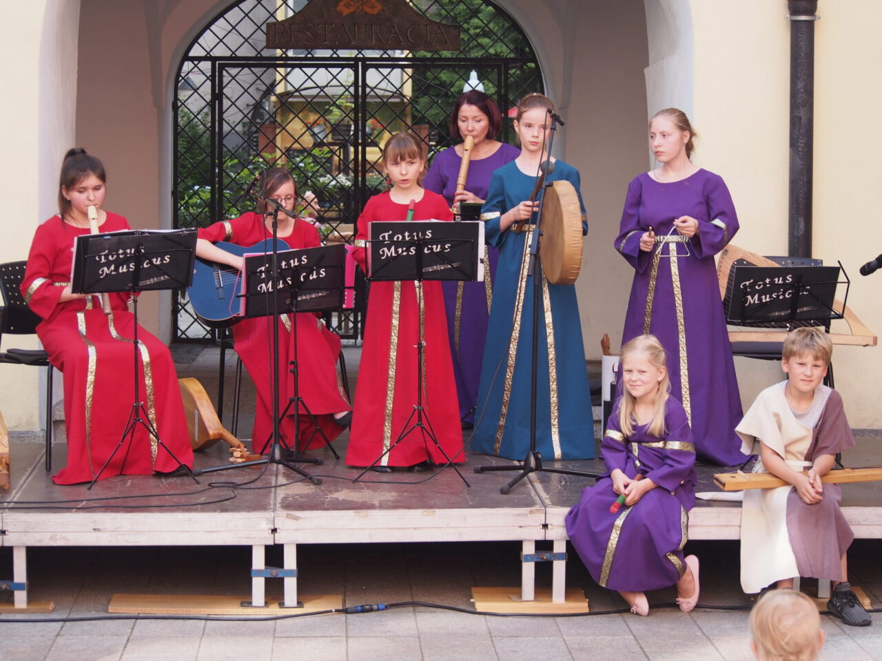"""Piękny Koncert zespołu """"Totus Musicus"""" – muzycznie o Księciu Bolku Świdnickim !"""