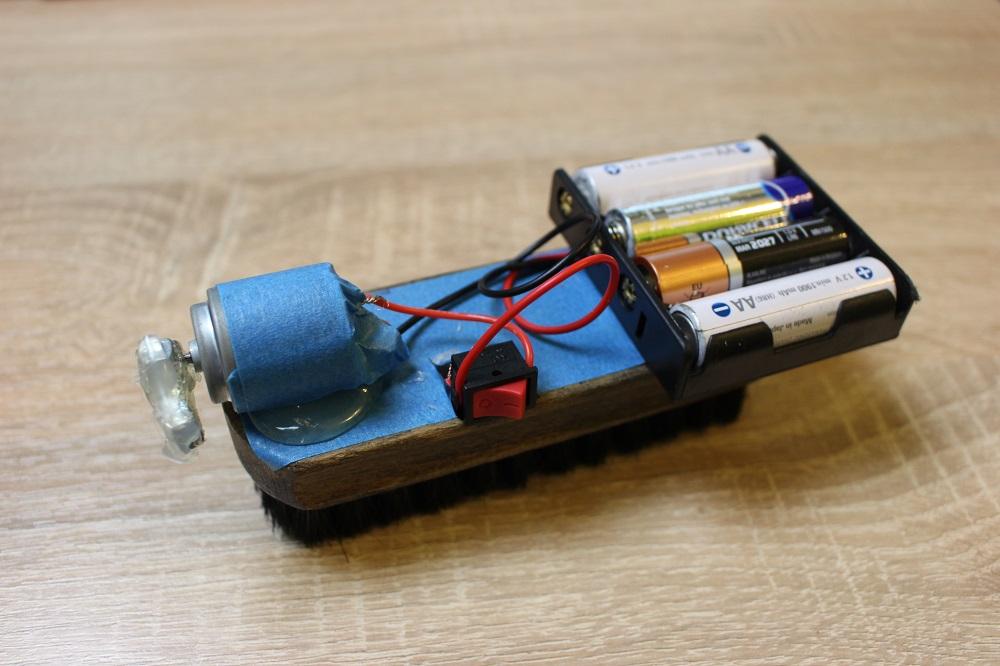 ROBAK czyli prosty robot dla każdego małego i dużego